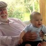 La vocación de Hugo, un abuelo feliz