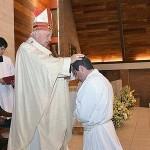 """""""Un consagrado permanece de pie cuando  aprende a estar de rodillas delante del Señor"""""""