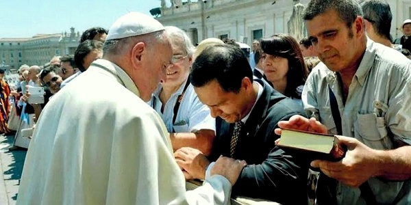 Sodalite Andres Quintanilla con el Papa Francisco - Noticias del Sodalicio