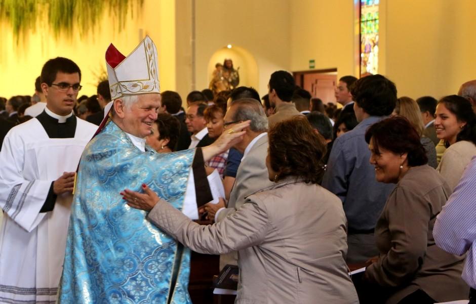 XLIV Aniversario del Sodalicio de Vida Cristiana en Lima 2015 (37)