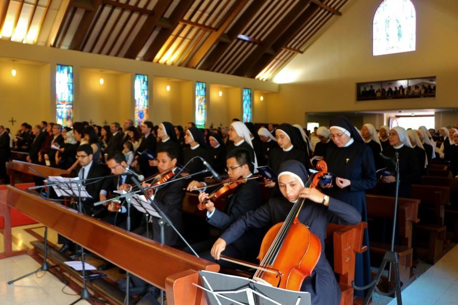 XLIV Aniversario del Sodalicio de Vida Cristiana en Lima 2015 (9)