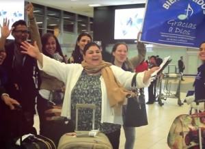 Festival Gracias a Dios bievenida en el aeropuerto - Noticias Sodálites