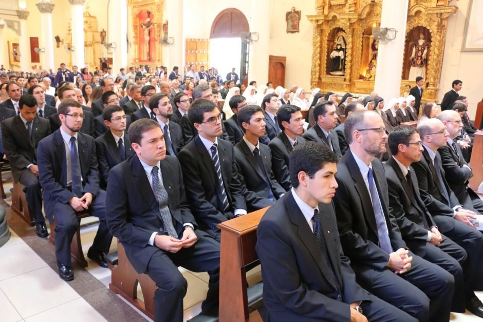 Ordenación Sacerdotal de Jaime Gómez Bolaños - Sodalicio de Vida Cristiana (12)