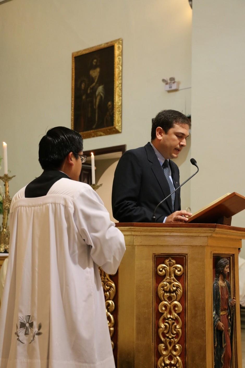 Ordenación Sacerdotal de Jaime Gómez Bolaños - Sodalicio de Vida Cristiana (2)