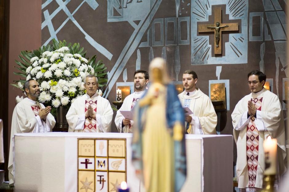 Primera misa del P Santiago Posada Sierra - Noticias Sodálites (3)