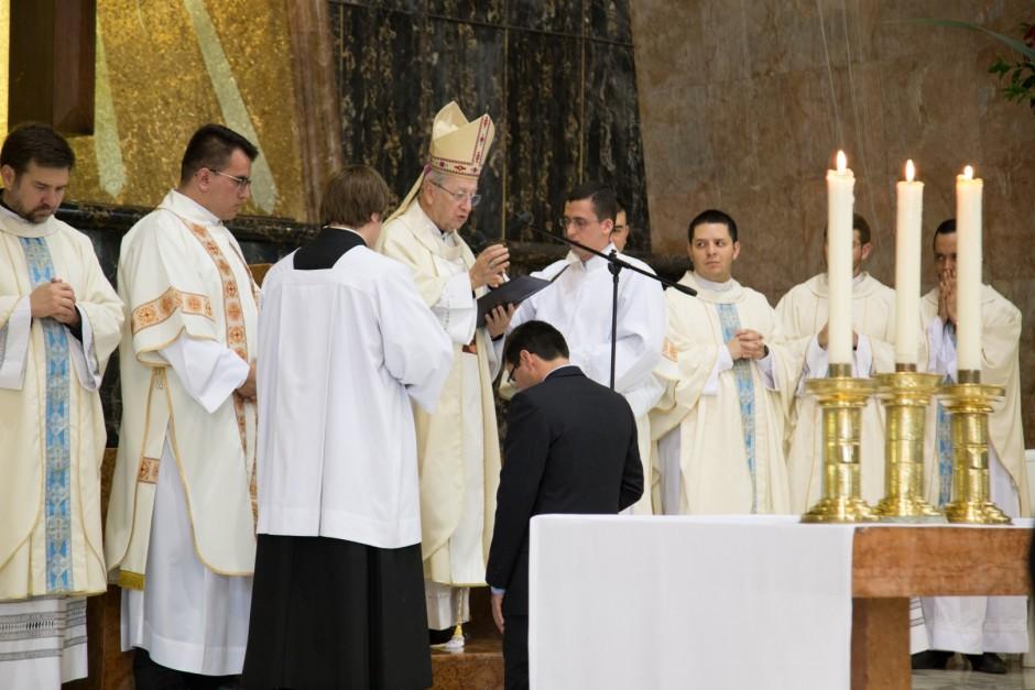 Profesión Perpetua de Óscar Tamayo en el Sodalicio de Vida Cristiana - Noticias Sodálites (17)