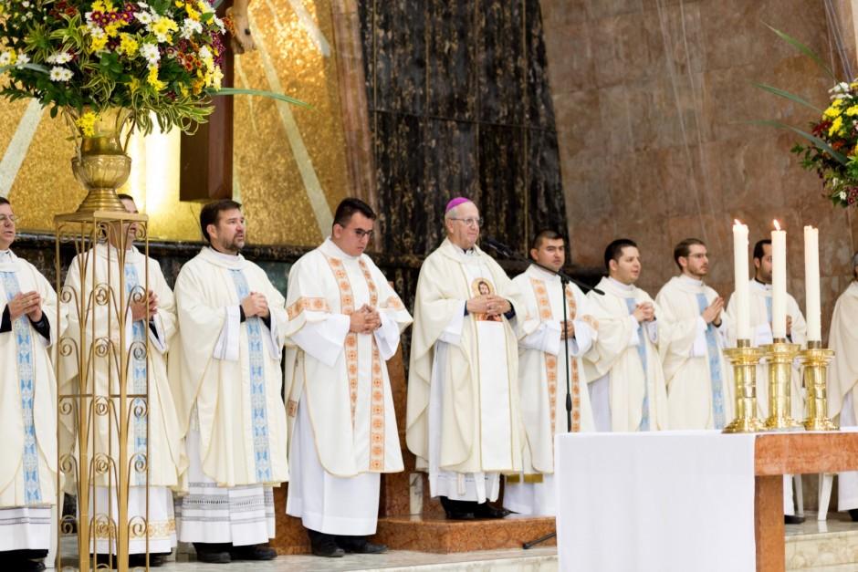 Profesión Perpetua de Óscar Tamayo en el Sodalicio de Vida Cristiana - Noticias Sodálites (4)
