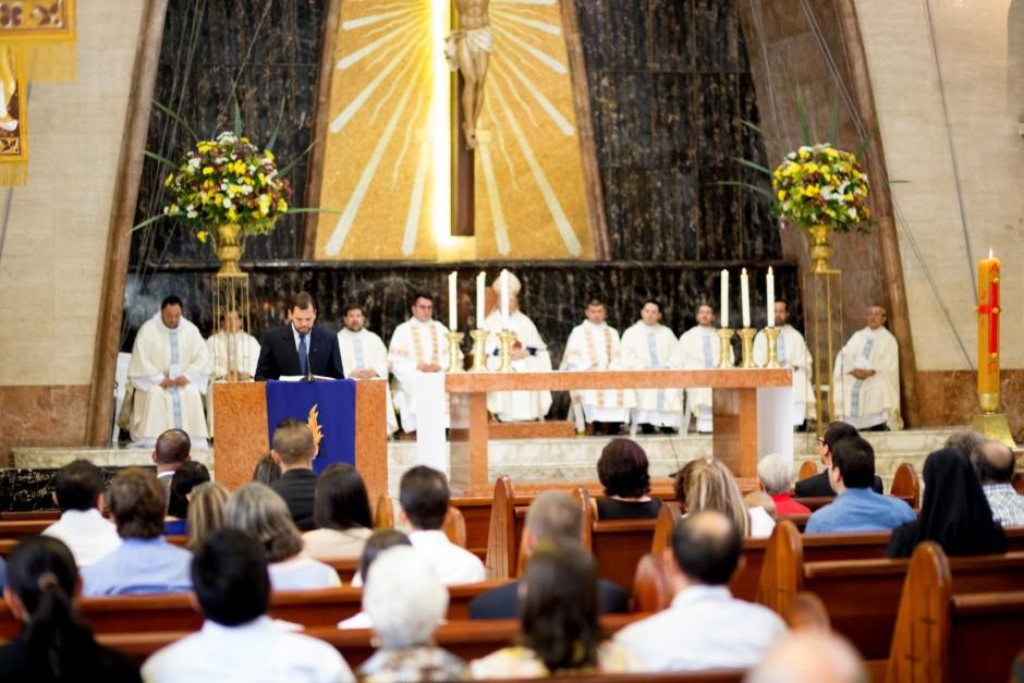 Profesión Perpetua de Óscar Tamayo en el Sodalicio de Vida Cristiana - Noticias Sodálites (6)