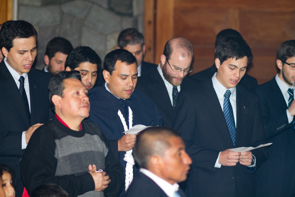 Homenaje del Sodalicio de Vida Cristiana durante la procesión de Nuestra Señora de la Reconciliación - Lima 2017 (12)