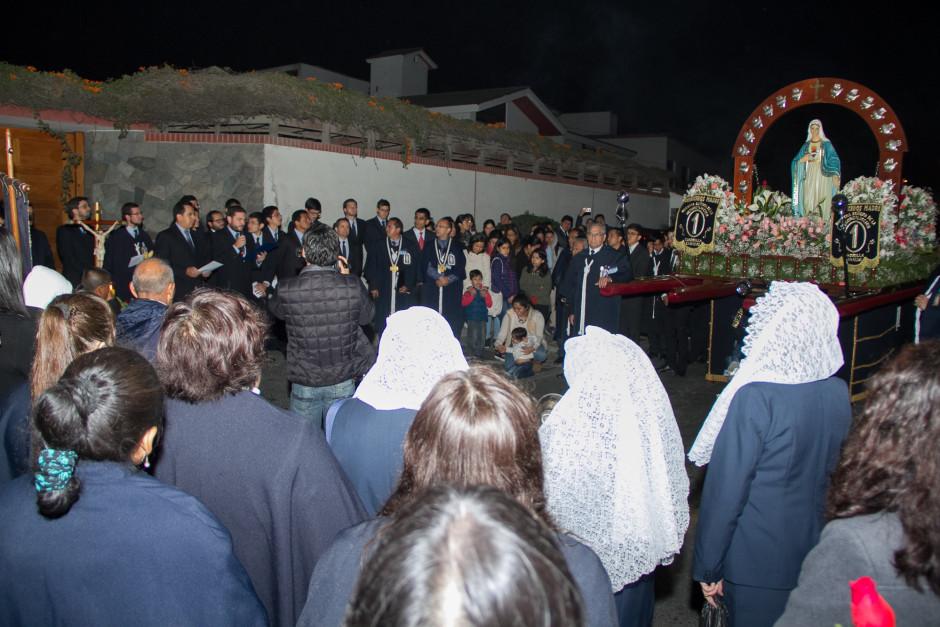 Homenaje del Sodalicio de Vida Cristiana durante la procesión de Nuestra Señora de la Reconciliación - Lima 2017 (2)