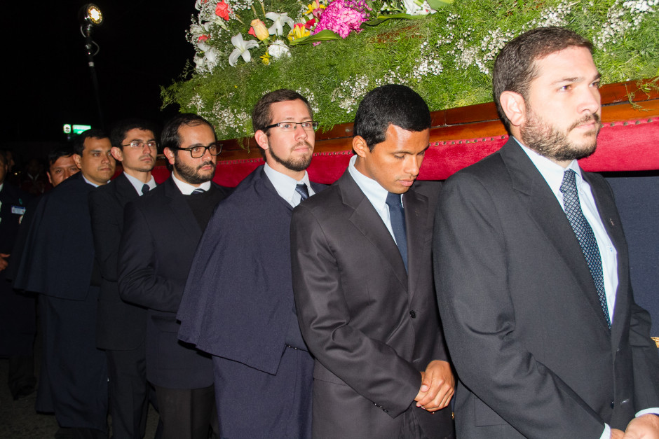 Homenaje del Sodalicio de Vida Cristiana durante la procesión de Nuestra Señora de la Reconciliación - Lima 2017 (26)