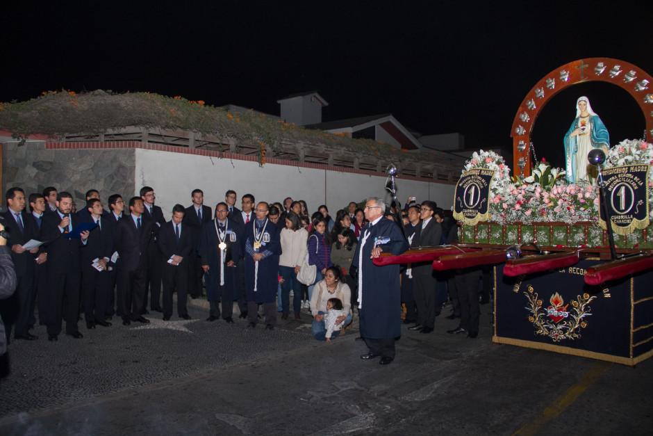Homenaje del Sodalicio de Vida Cristiana durante la procesión de Nuestra Señora de la Reconciliación - Lima 2017 (3)