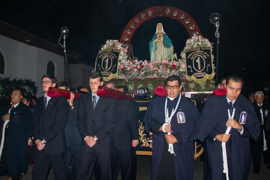 Homenaje del Sodalicio de Vida Cristiana durante la procesión de Nuestra Señora de la Reconciliación - Lima 2017 (30)