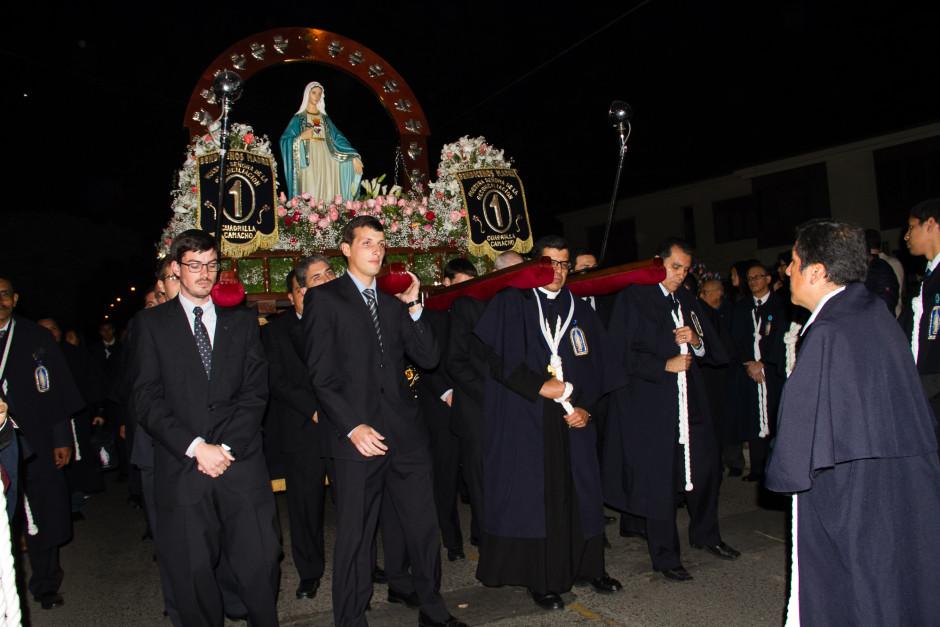 Homenaje del Sodalicio de Vida Cristiana durante la procesión de Nuestra Señora de la Reconciliación - Lima 2017 (32)