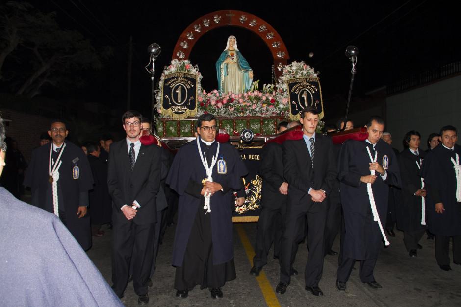 Homenaje del Sodalicio de Vida Cristiana durante la procesión de Nuestra Señora de la Reconciliación - Lima 2017 (40)