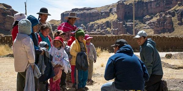 Jóvenes del Sodalicio de Vida Cristiana llevaron abrigo a los más necesitados de Puno durante Misiones 2017 - Noticias Sodálites (2)