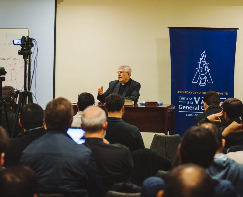 Curso de formación para el Sodalicio de Vida Cristiana a cargo del P Gianfranco Ghirlanda setiembre 2017 (10)