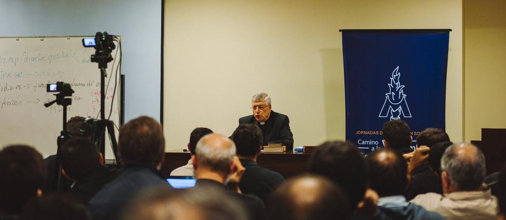 Curso de formación para el Sodalicio de Vida Cristiana a cargo del P Gianfranco Ghirlanda setiembre 2017 (13)