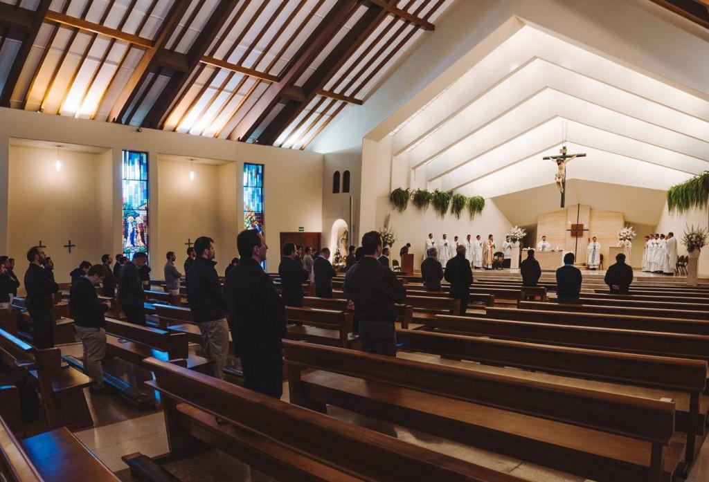 Curso de formación para el Sodalicio de Vida Cristiana a cargo del P Gianfranco Ghirlanda setiembre 2017 (4)