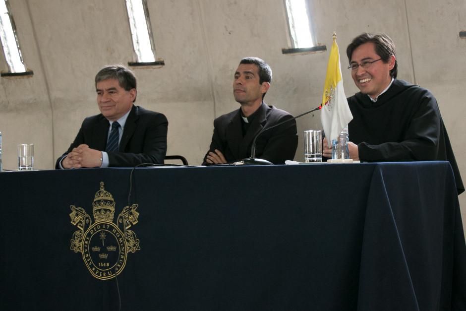 Presentación del libro San Agustín Maestro y Doctor del sodálite Gustavo Sánchez - Noticias Sodálites (3)