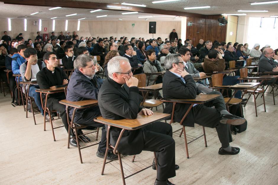 Presentación del libro San Agustín Maestro y Doctor del sodálite Gustavo Sánchez - Noticias Sodálites (8)