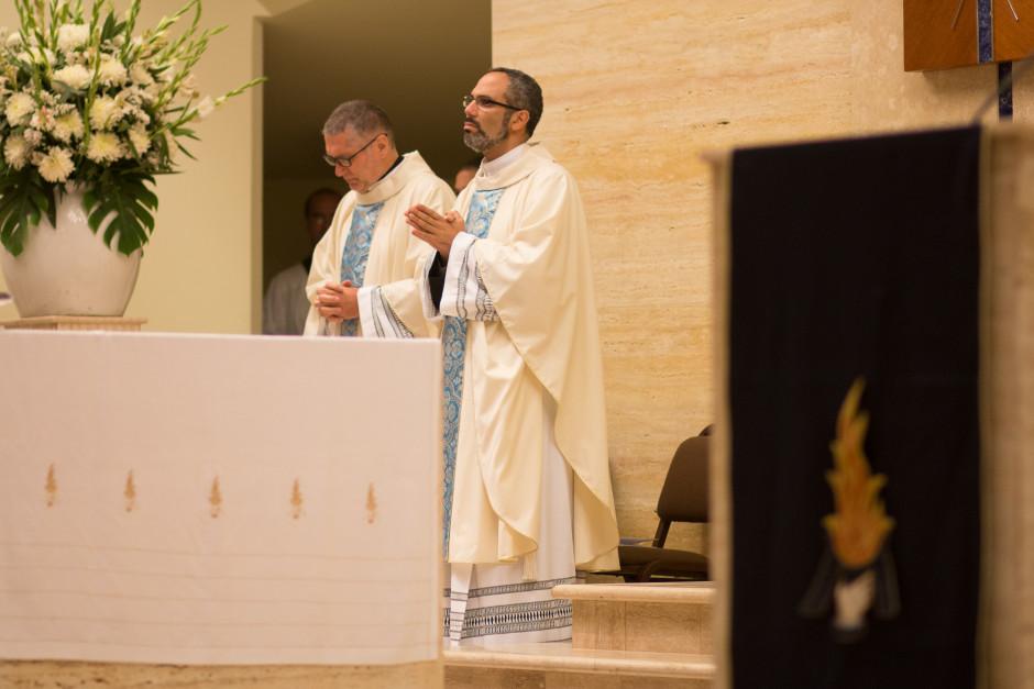 Profesión Perpetua de José Antonio Dávila en el Sodalicio de Vida Cristiana (12)