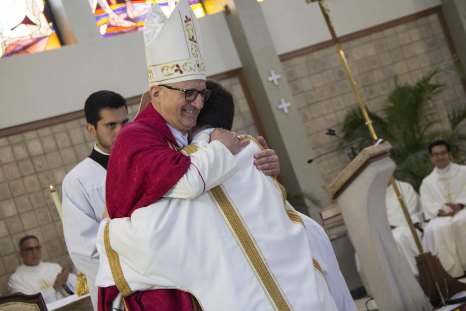 Ordenación Diaconal de Luis Troya en el Sodalicio de Vida Cristiana (20)
