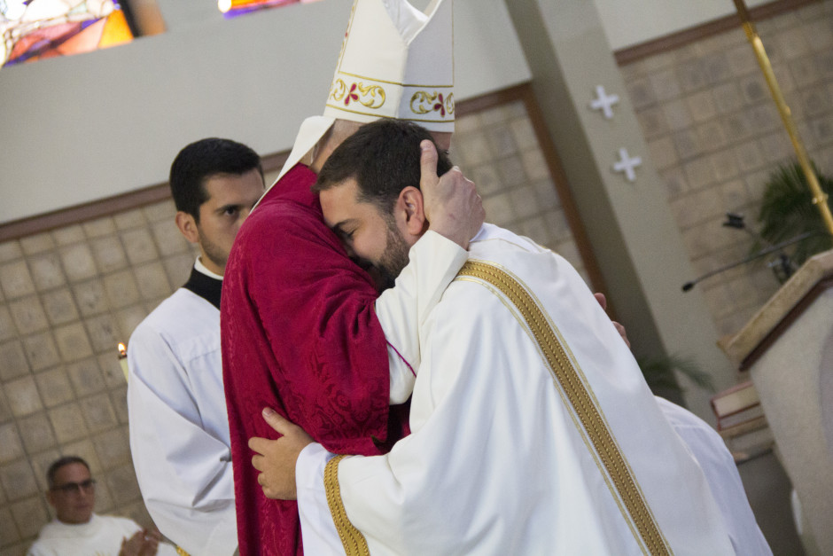 Ordenación Diaconal de Luis Troya en el Sodalicio de Vida Cristiana (21)