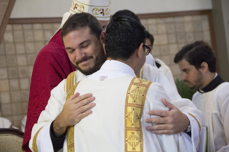 Ordenación Diaconal de Luis Troya en el Sodalicio de Vida Cristiana (22)