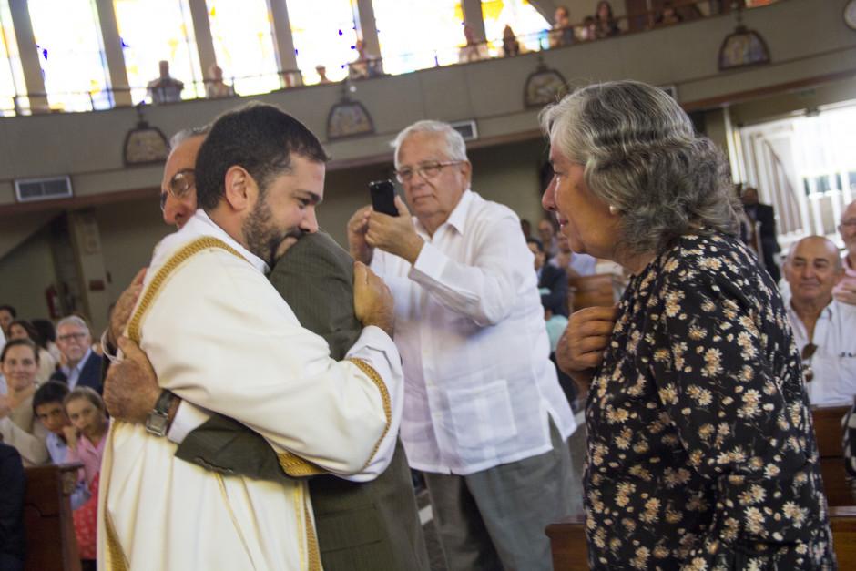 Ordenación Diaconal de Luis Troya en el Sodalicio de Vida Cristiana (24)