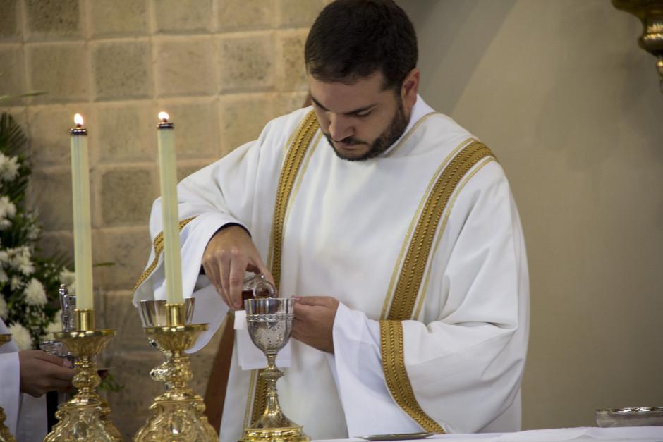Ordenación Diaconal de Luis Troya en el Sodalicio de Vida Cristiana (27)