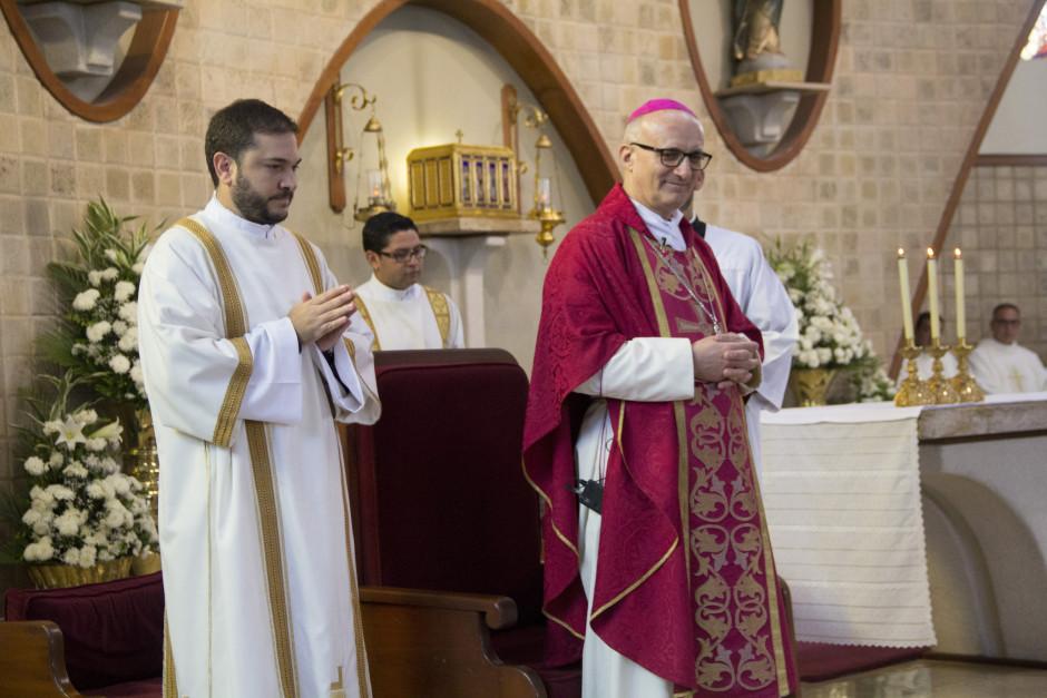 Ordenación Diaconal de Luis Troya en el Sodalicio de Vida Cristiana (29)