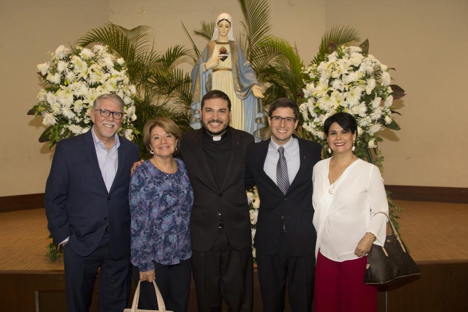 Ordenación Diaconal de Luis Troya en el Sodalicio de Vida Cristiana (44)