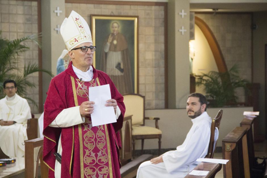 Ordenación Diaconal de Luis Troya en el Sodalicio de Vida Cristiana (5)