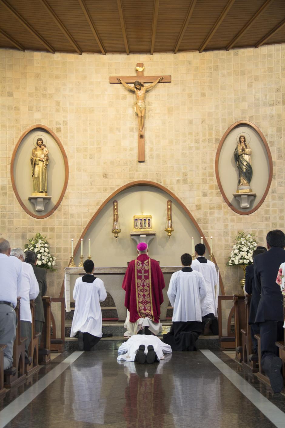 Ordenación Diaconal de Luis Troya en el Sodalicio de Vida Cristiana (7)