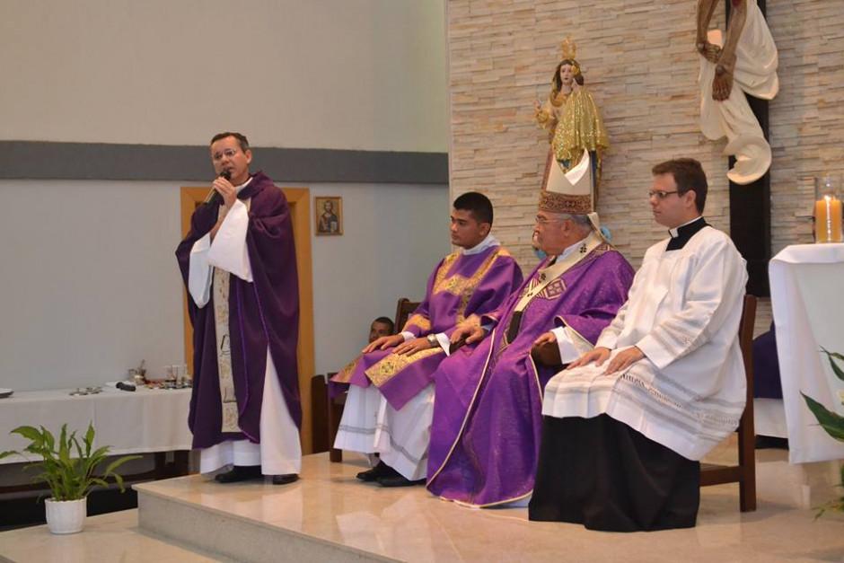 Cardenal Orani Tempesta presidió Misa de Acción de Gracias por los 32 años del Sodalicio en la Parroquia Nossa Senhora da Guia - Noticias Sodálites (12)