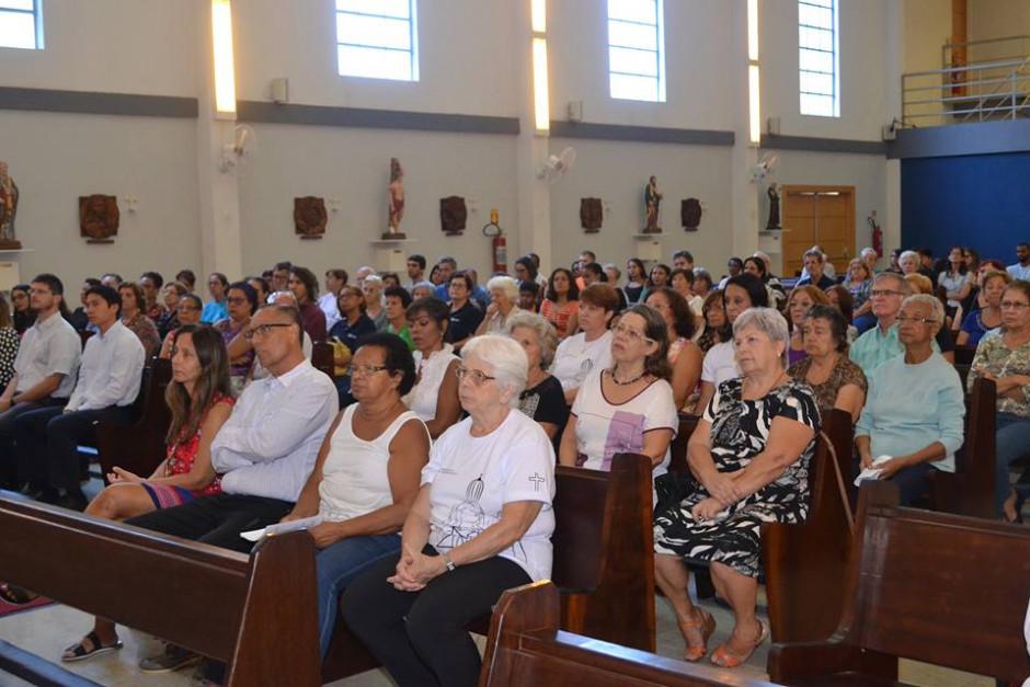 Cardenal Orani Tempesta presidió Misa de Acción de Gracias por los 32 años del Sodalicio en la Parroquia Nossa Senhora da Guia - Noticias Sodálites (2)