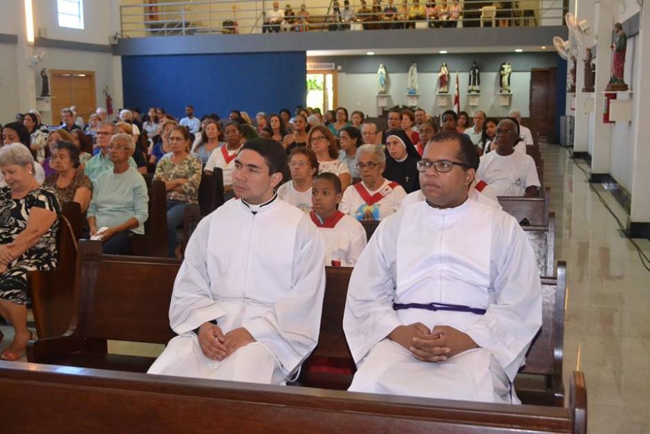 Cardenal Orani Tempesta presidió Misa de Acción de Gracias por los 32 años del Sodalicio en la Parroquia Nossa Senhora da Guia - Noticias Sodálites (9)
