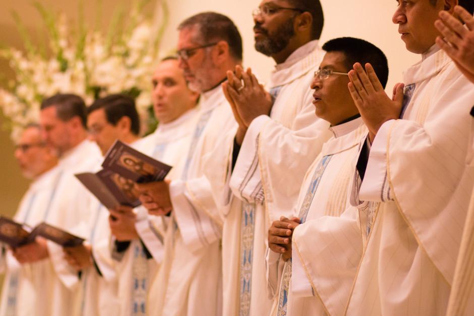 Ordenación Diaconal de Rafael Ísmodes en el Sodalicio de Vida Cristiana - Noticias del Sodalicio (2)