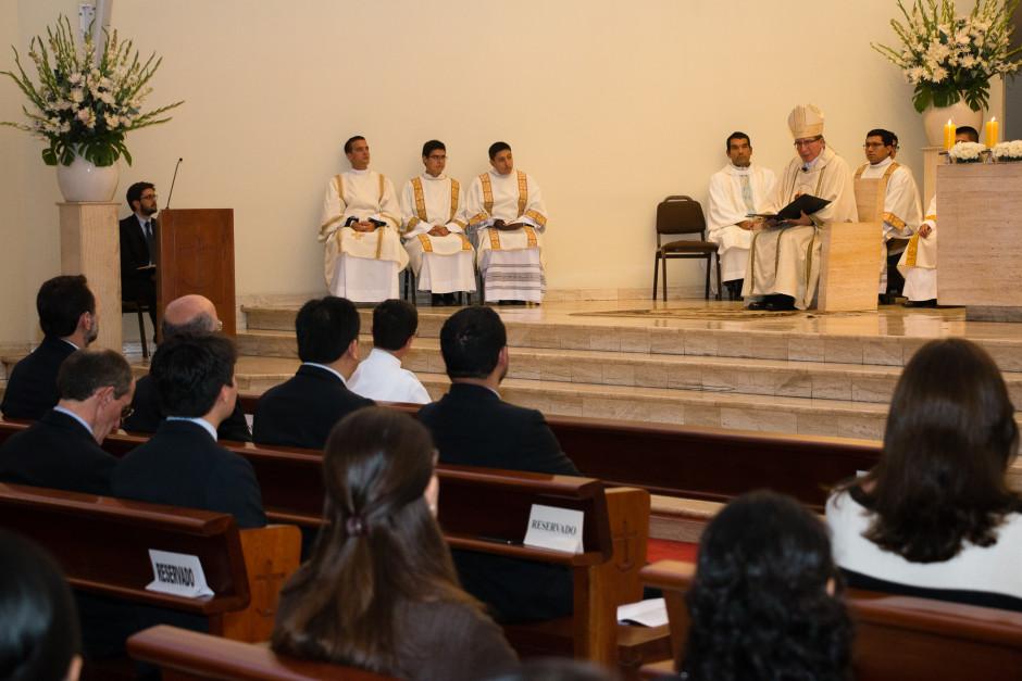 Ordenación Diaconal de Rafael Ísmodes en el Sodalicio de Vida Cristiana - Noticias del Sodalicio (7)