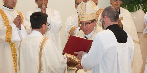 Ordenación Diaconal de Rafael Ísmodes en el Sodalicio de Vida Cristiana - Notidias Sodálites (10)