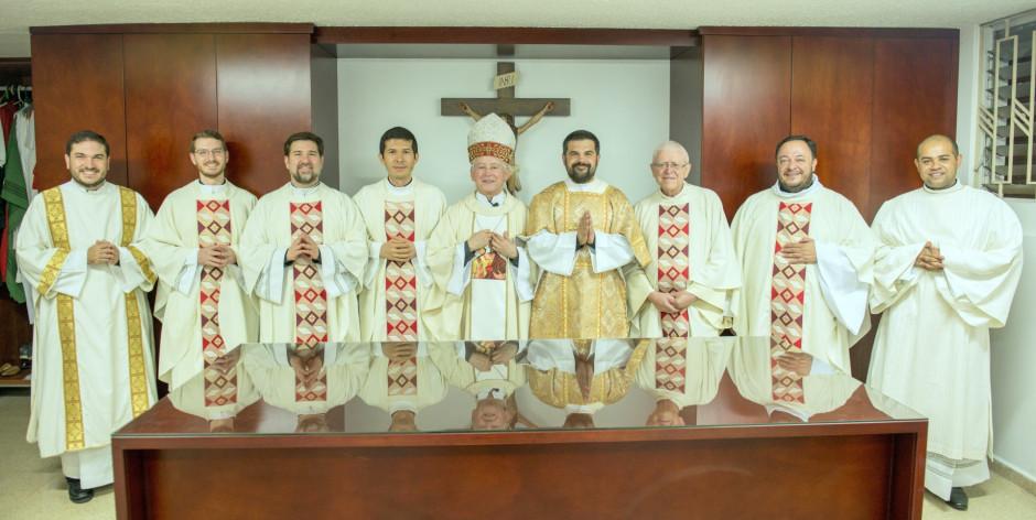 Ordenación Diaconal de Juan David Velásquez en el Sodalicio de Vida Cristiana (8)