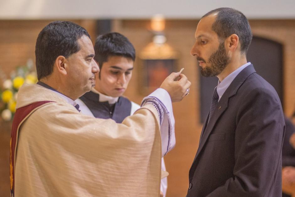 Profesión Perpetua de Carlos Zamalloa en el Sodalicio de Vida Cristiana - Noticias Sodálites (10)