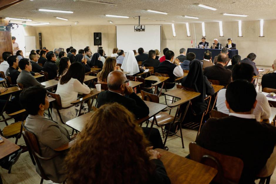 Presentación del libro sobre el magisterio pastoral del Papa Francisco del dr Gustavo Sánchez Rojas - Noticias Sodálites (4)