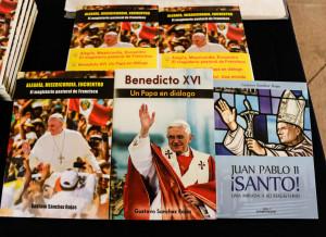 Presentación del libro sobre el magisterio pastoral del Papa Francisco del dr Gustavo Sánchez Rojas - Noticias Sodálites (9)