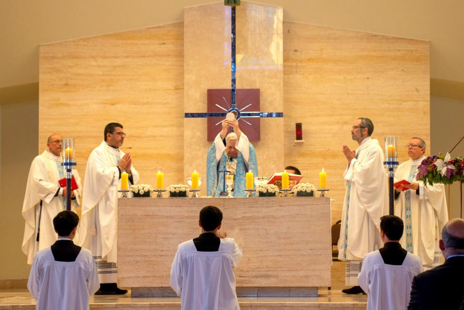 Misa por el XLVII Aniversario del Sodalicio de Vida Cristiana en Lima Perú - Noticias Sodálites (12)