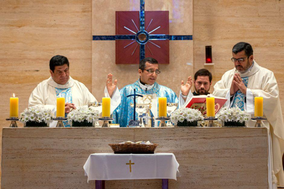 30o aniversario de la Parroquia Nuestra Señora de la Reconciliación (35)