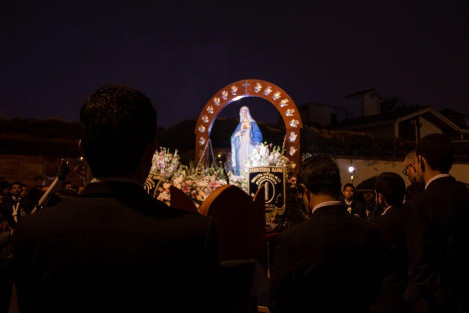 Homenaje del Sodalicio de Vida Cristiana a Nuestra Señora de la Reconciliación en Lima - Noticias Sodálites (7)