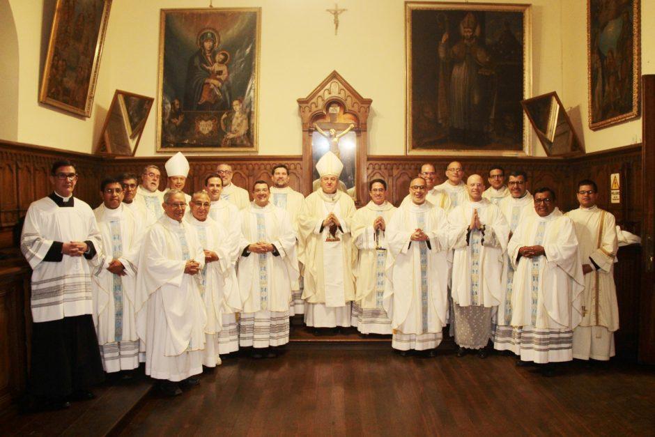 Ordenación Sacerdotal de Rafael Ismodes en Arequipa - Sodalicio de Vida Cristiana (14)