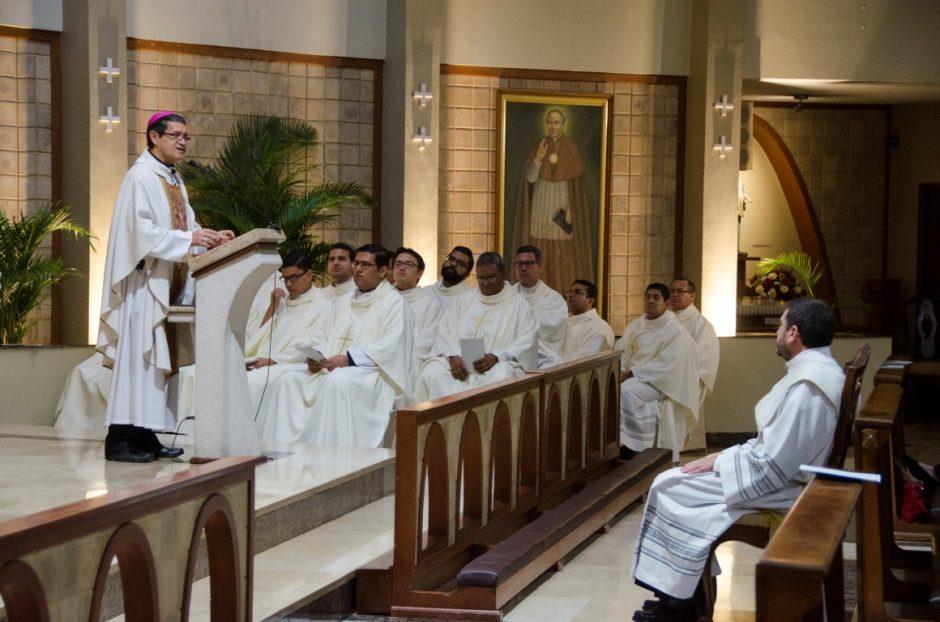 Ordenación sacerdotal de Luis Troya Holst en el Sodalicio de Vida Cristiana (12)